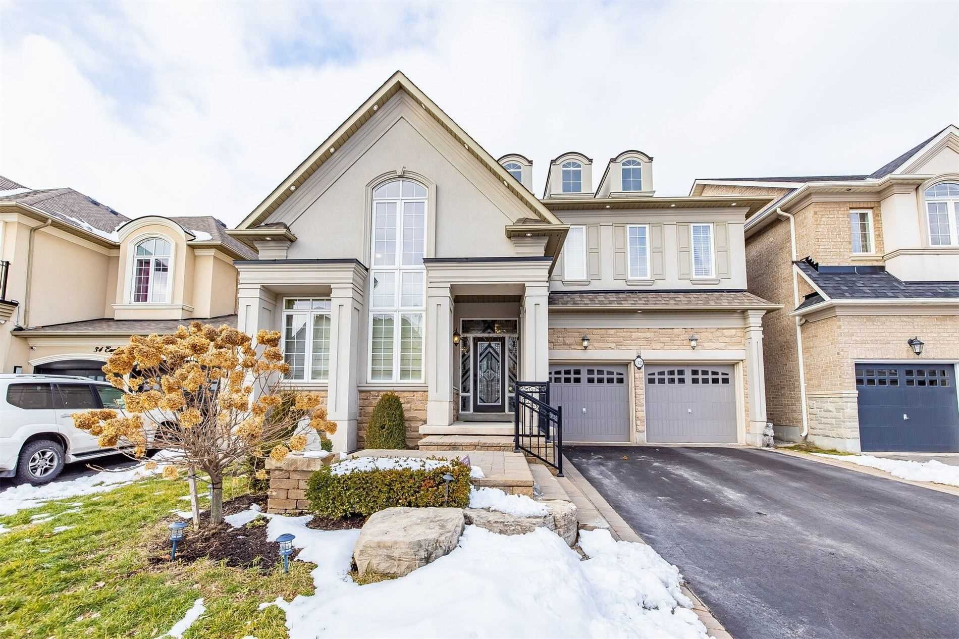 32 Eaglesprings Cres - W5080359- $1,399,000