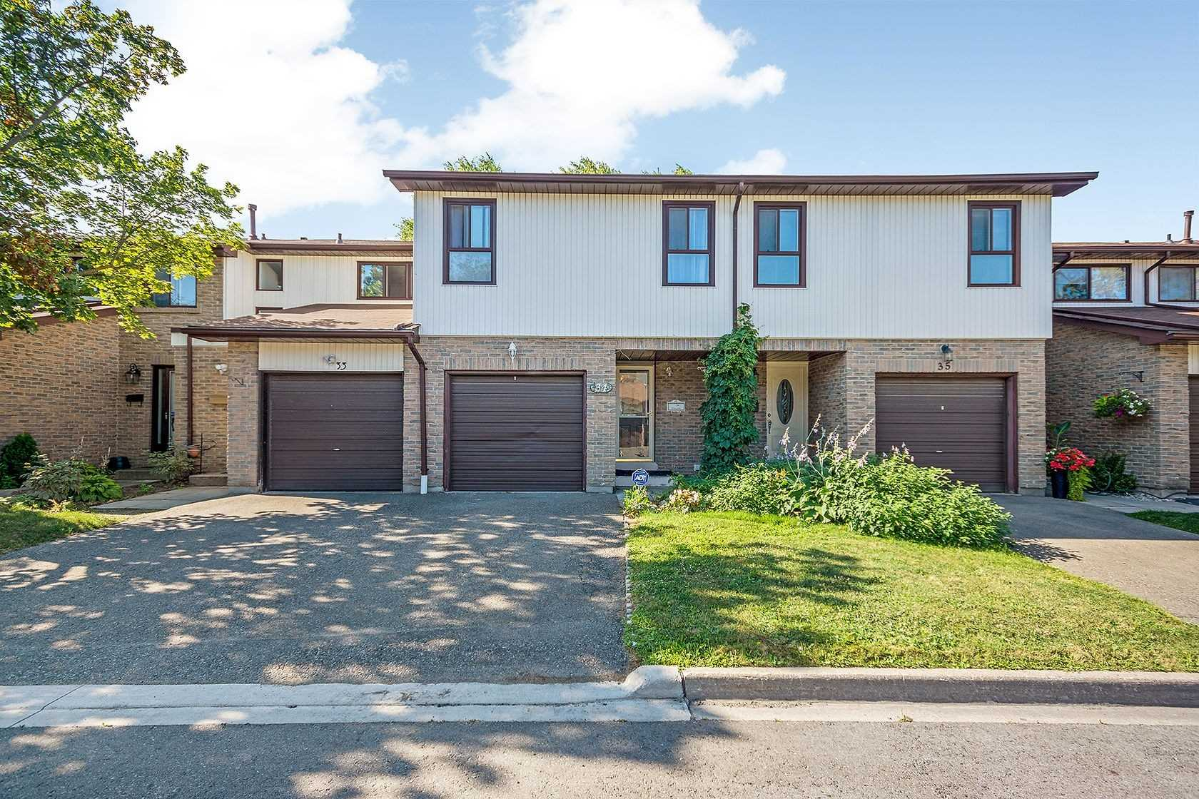 34 Foster Cres - W4991466- $584,900